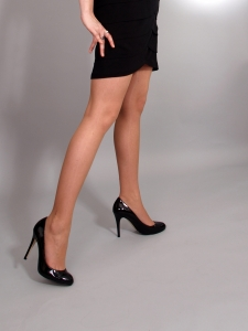 woman-with-high-heels-1329805-m
