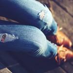 Modna odzież jeansowa