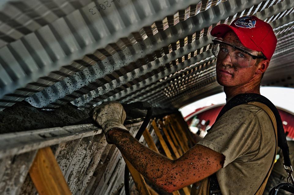 Wady oraz zalety monitoringu pracowników